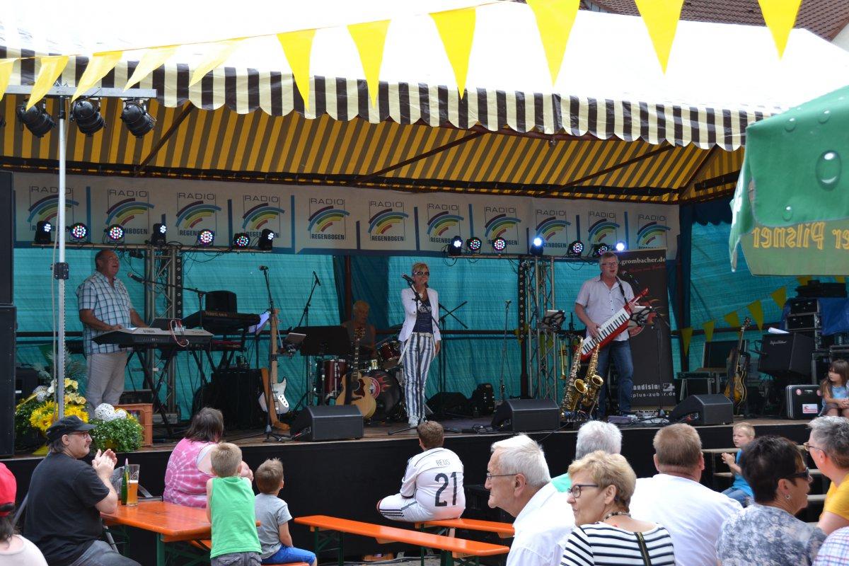 Rathausplatzfest Gondelsheim 025