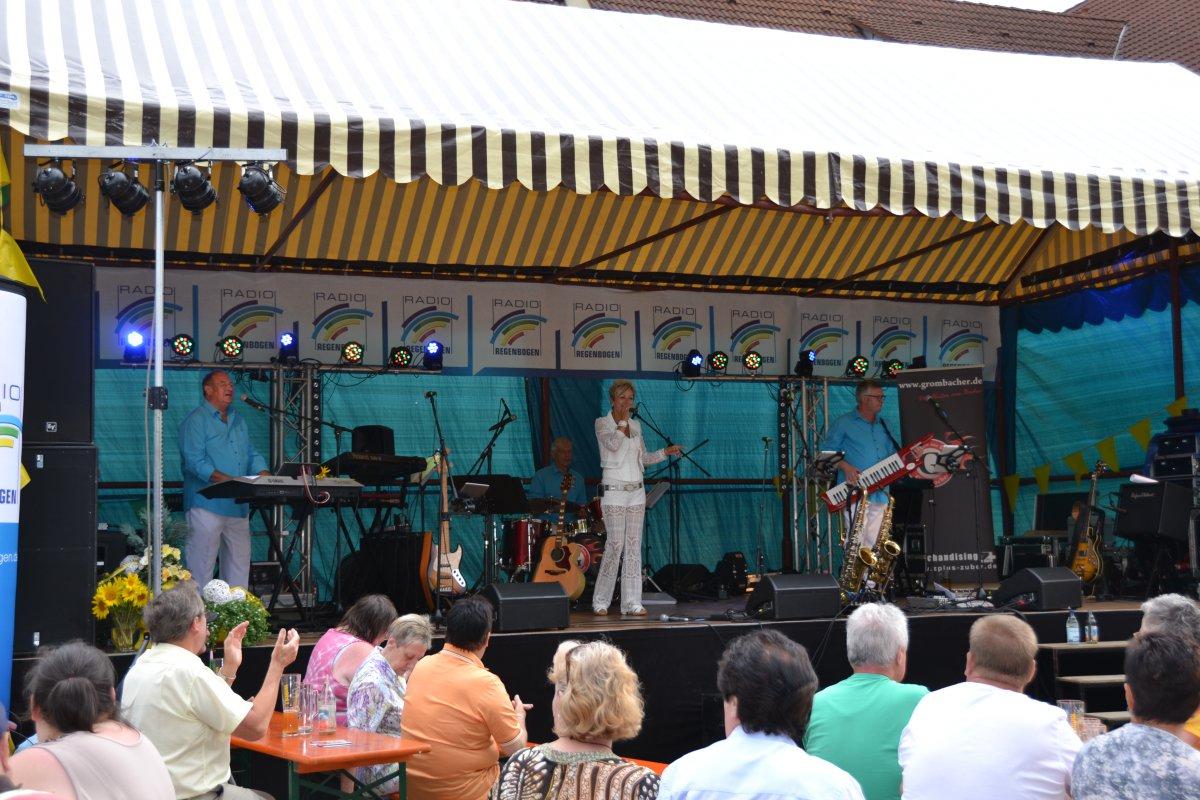 Rathausplatzfest Gondelsheim 100