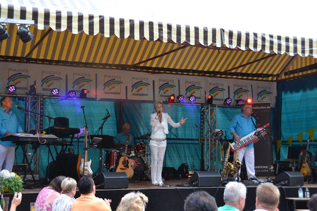 Rathausplatzfest Gondelsheim 101